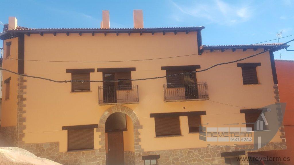 Obra nueva revestimiento de fachada con terminaci n en - Revestimiento fachadas piedra ...